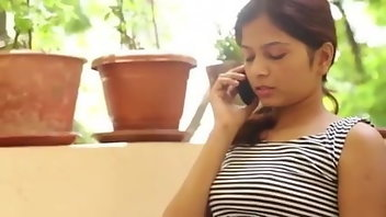 Indian Softcore 18 Years Old Wife Kissing