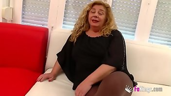 Club Teen European Blowjob
